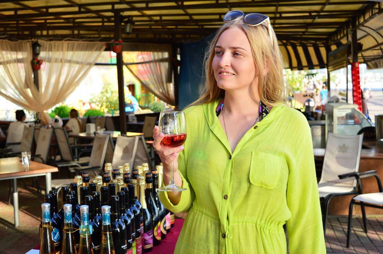 Дегустация в Геленджике Крымский винный завод сезон 2017