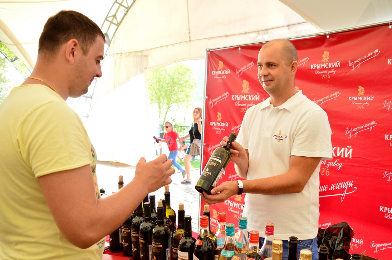 Дегустация кубанского вина на фестивале «О, да! Еда!» 2017