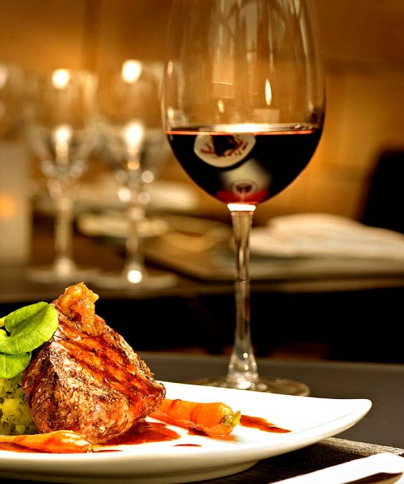 Красное вино к горячим блюдам